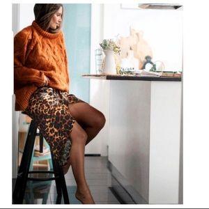 Zara Satin print skirt